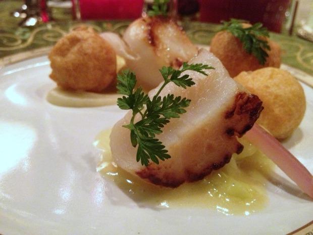 Seared Alaska Weathervane Scallops, «Carola» Pommes Dauphine, Celery Root Purée, Lemon-Thyme Buttered Savoy Cabbage